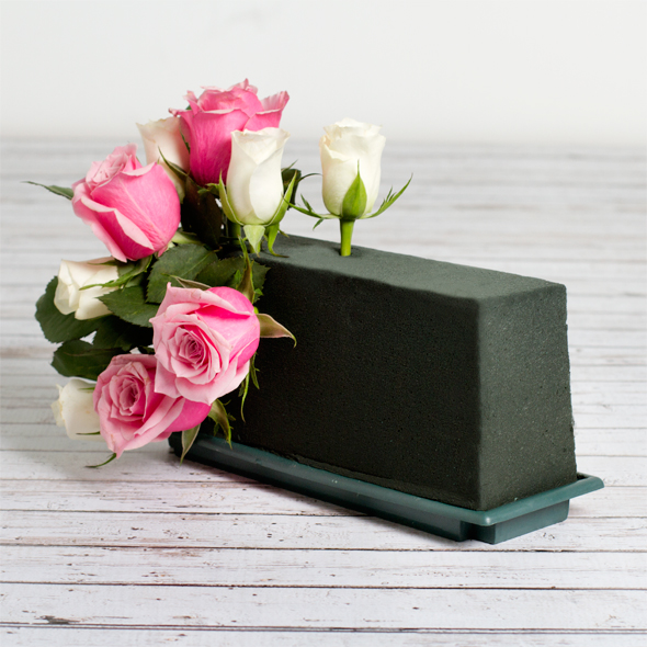 When Should I Use Wet or Dry Floral Foam   609f6c7a5e11