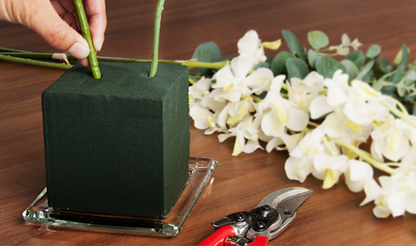 The Benefits of Floral Foam  121307a04ffb