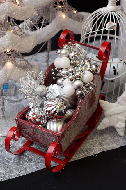 Sleigh-Filled Ornaments