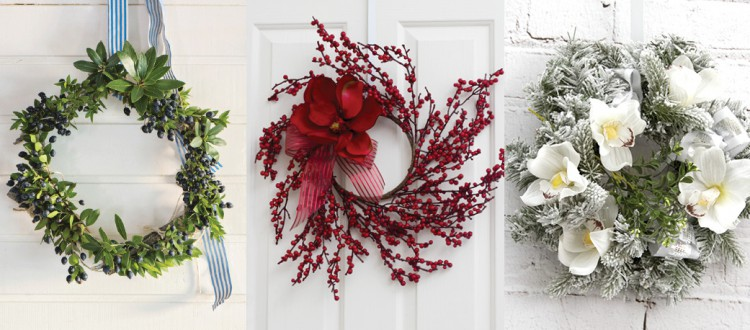 how to hang a christmas wreath with a wreath hook