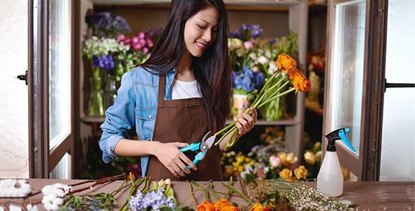 Being Generous with Flower Food Food Generously