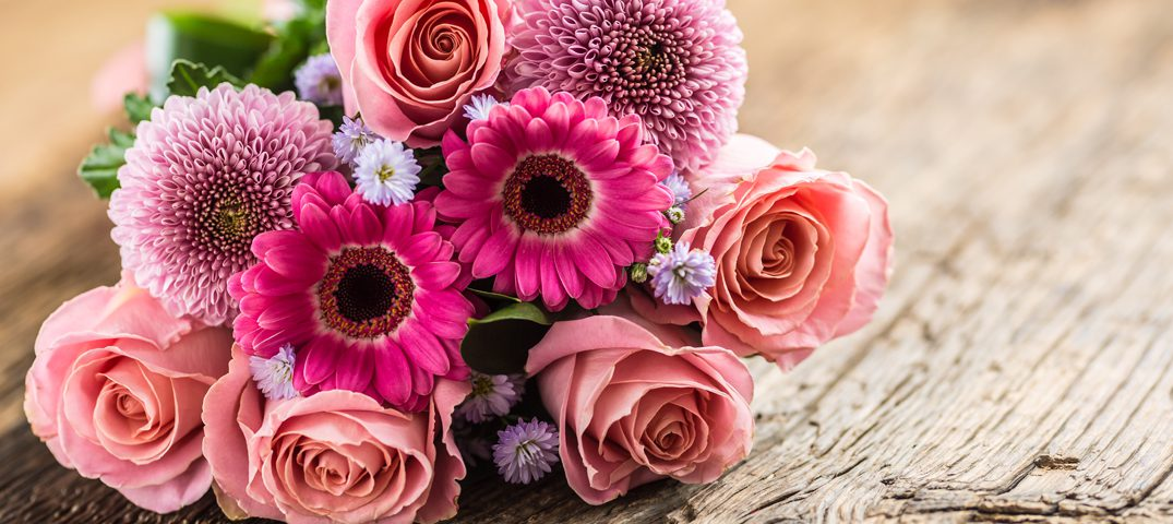 A Guide To Keeping Your Fresh Cut Flowers Fresh