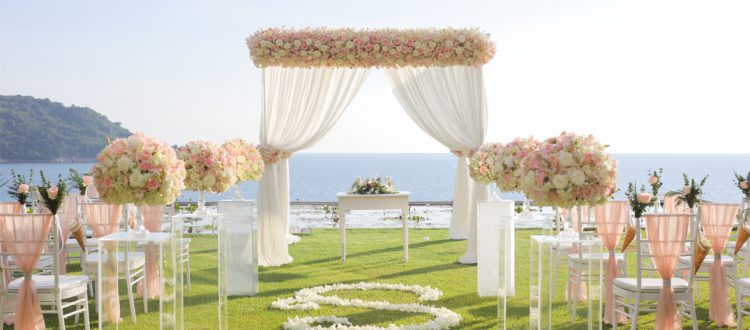 Managing flowers for outdoor wedding and events