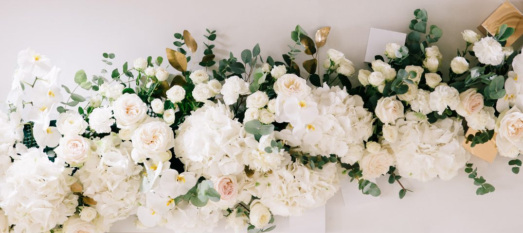 Guide on Choosing, Making and Arranging Silk Flowers