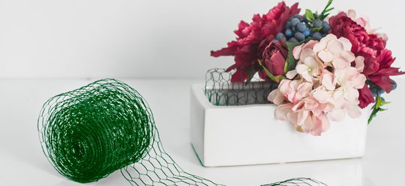 alternatives to floral foam - chicken wire