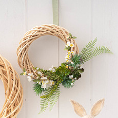 - Seasonal Succulents Wreath