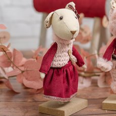 Christmas Ornaments - Velvet Character Decoration Mrs Mouse Red (20cm)