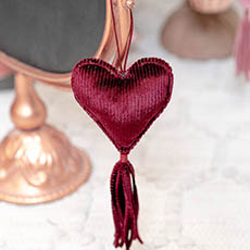 Christmas Tree Decorations - Hanging Fabric Heart with Tassel Red (10cm)