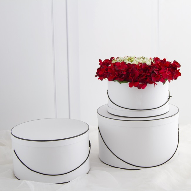 Gift Boxes Sets & Hat Boxes - Hat Gift Box Round Lge Silhouette Wht Blk (40Dx23.5cmH)Set 3