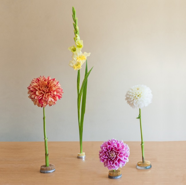 Flower Holder Stayput & Ikebana Supplies - Ikebana Stayput Kenzan Flower Holder Round Small 4cm
