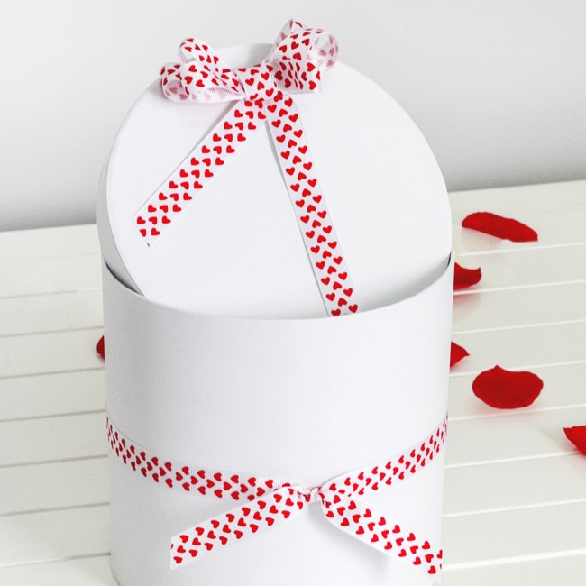 Valentines Ribbons - Ribbon Grosgrain Hearts White (15mmx20m)