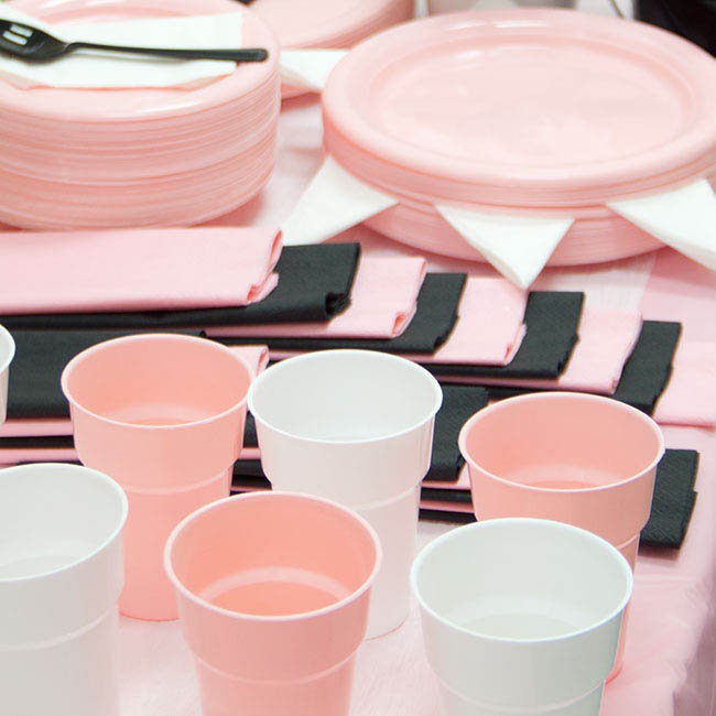 Party Tableware - Deluxe Plastic Cup Soft Pink (285ml) Pack 25