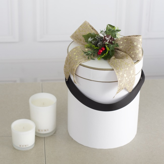 Gift Boxes Sets & Hat Boxes - Hat Box Deluxe Set of 3 White with Gold Border (24.5Dx30cmH)