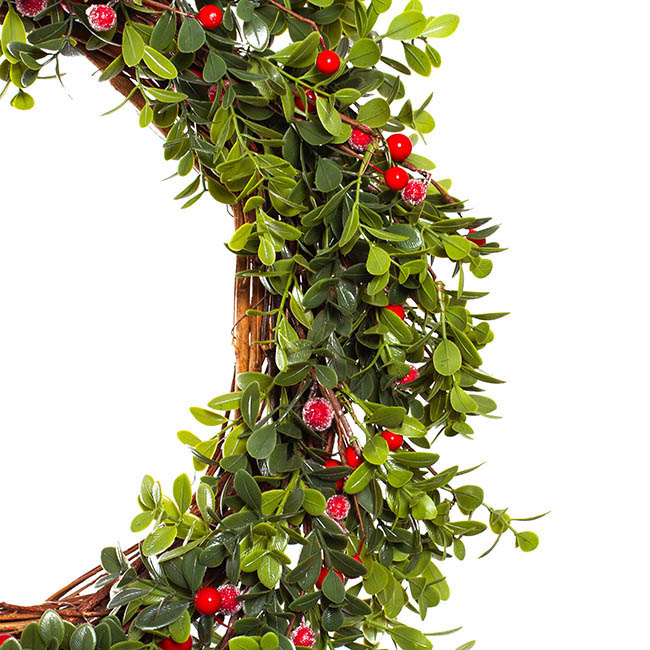 Christmas Wreath - Boxwood with Red Berry Wreath Green (55cmD)