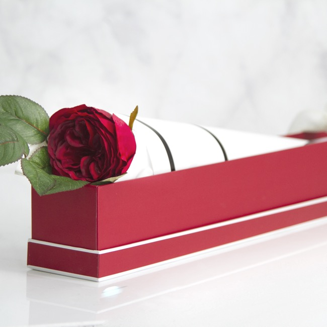Rose Box Deluxe - Signature Rose Box Single Silhouette Blood Red (74x8x8cmH)