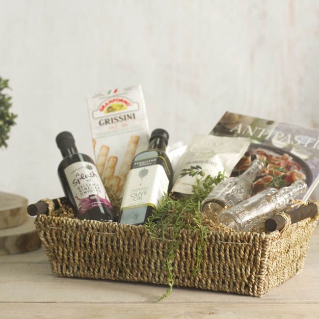Hamper Tray & Gift Basket - Seagrass Tray Rectangle Medium Natural (38x28x10cmH)